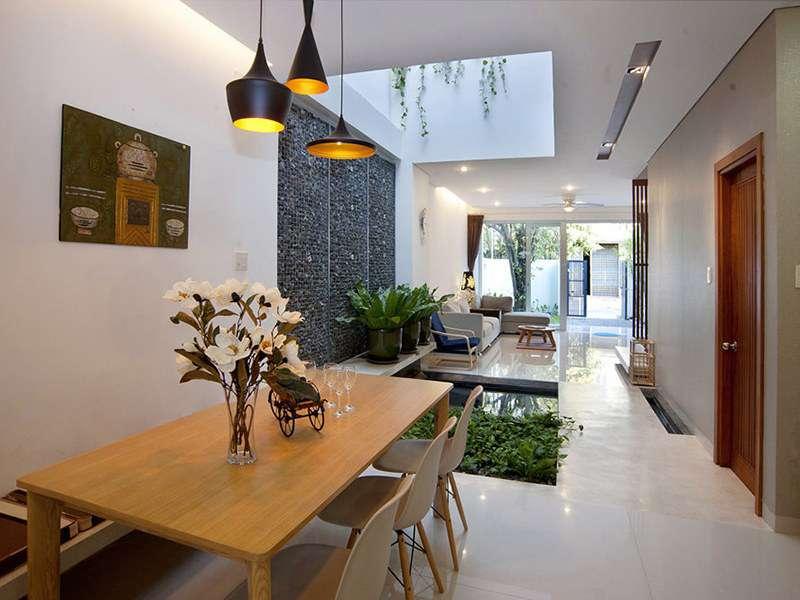 Không gian ăn uống dành cho mọi người vô cùng rộng rãi và hiện đại